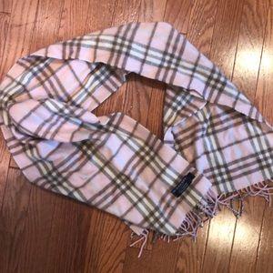 Plaid Burberry scarf